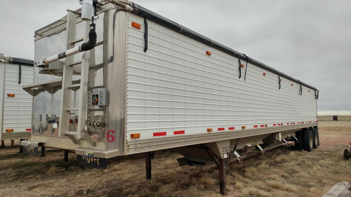 Young Farm & Trucking Retirement Auction – Pavlis Auction & Realty